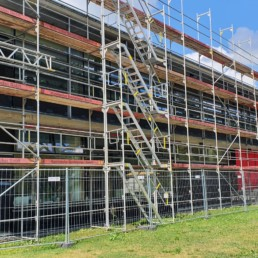 Auf den Punkt Architekten - Sanierung einer Holzfassade